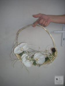 sac en fil laiton réalisé pour recevoir de belles phalaenopsis si précieuses...