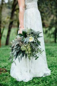 bouquet-de-mariee-feuillages-multiples